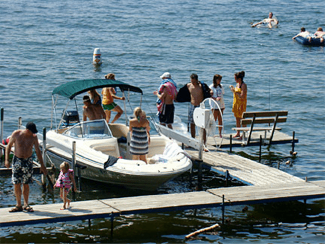 mn-resort-dock-sceen